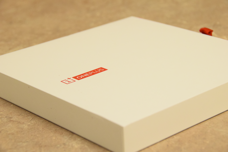 OnePlus One Box